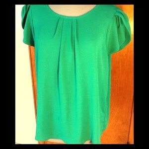 Papermoon stitch fix Kelly green short sleeve top